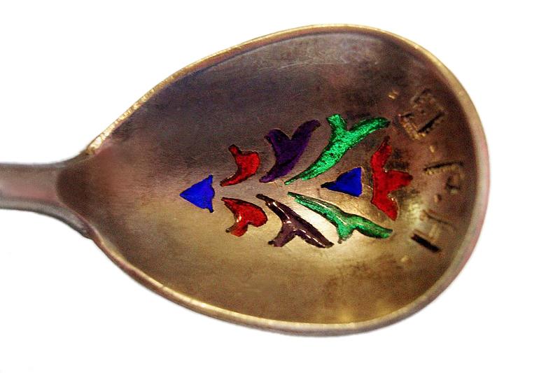 Ложка серебряная, позолоченная с витражной эмалью