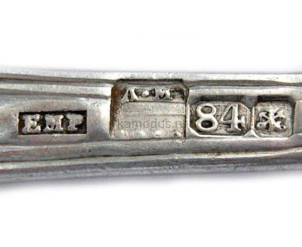 Ложечка украшена узором по краям, проба 84