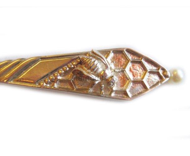 Ложка серебряная с жемчужиной Пчёлка